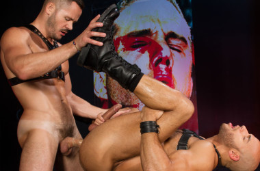 Sean Zevran takes Valentin Petrov's big cock at Hot House