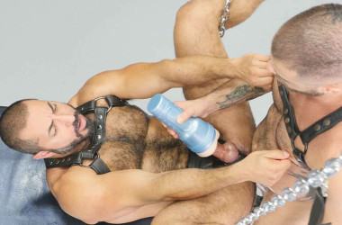 Hairy studs Marcus Isaacs and Amir Badri suck and fuck at Bareback That Hole