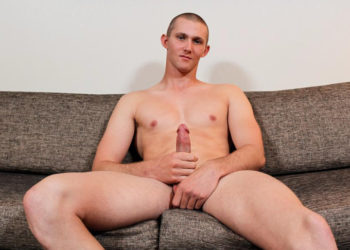 Active Duty introduces sexy hung recruit: Justin Grey