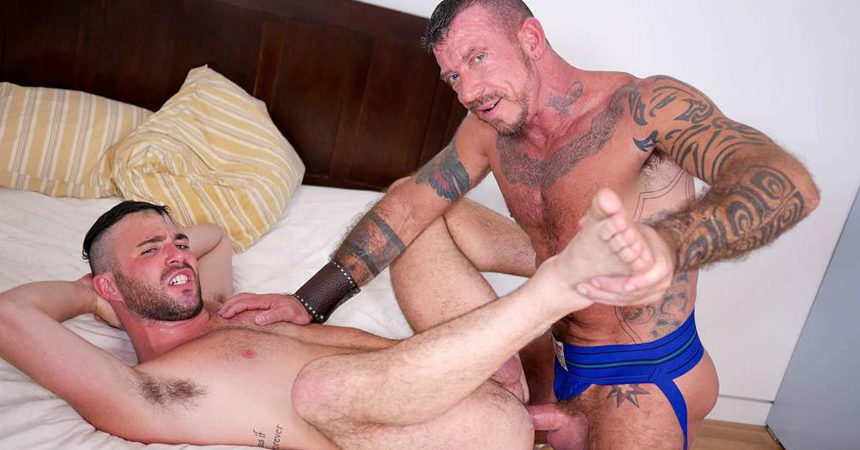 Hot daddy Ray Dalton plows Alex Mason's bare hole at Bareback that Hole