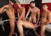 Shawn Reeve, Jeremy Spreadums, John Delta, Evan Marco and Griffin Barrows fuck at Bromo
