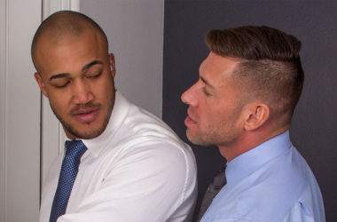 "Secret Service Agent Jason Vario fucks Bruce Beckham in ""Cauke For Free"" part three"