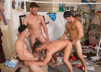 Trevor Long, Johnny Cohen and Charlie Pattinson raw-fuck Rod Pederson at Reality Dudes