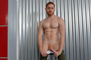 Australian muscle hunk Leander jerks off in the locker room at UK Hot Jocks