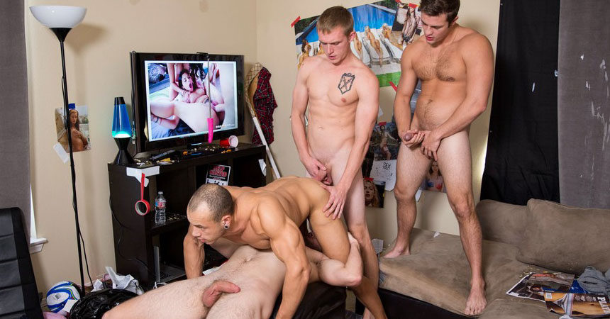 Leon Lewis gets fucked by Charlie Pattinson, Zane Anders and John Culver at Dick Dorm