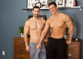 Muscle hunk Joey takes Randy's big raw cock at Sean Cody