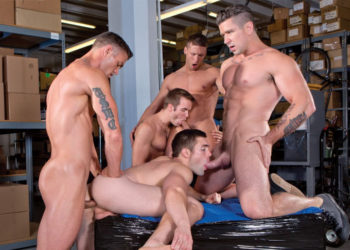 Trenton Ducati, Griffin Barrows, Connor Patricks, Ryan Rose & Rod Peterson in a Falcon Studios orgy