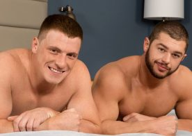 Big-dicked bottom Curtis gets his ass fucked by Arnie at Sean Cody