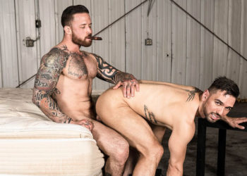 "Jordan Levine dominates Lucky Daniels in ""Warehouse Chronicles: Smoking Lounge"""