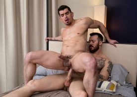 Muscle bottom Jeremy Spreadums rides Mark Long's hard cock at Next Door Studios