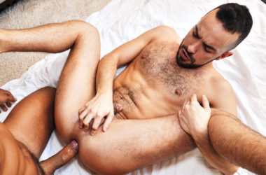 Hung stud Ansony raw-fucks TimTales exclusive Dano Guerre