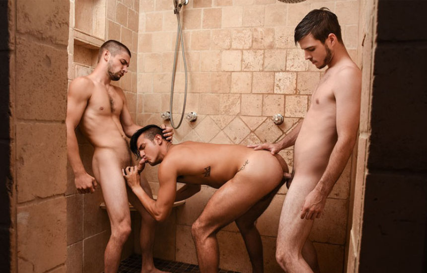 "Johnny Rapid, Noah Jones and Leo Fuentes fuck in ""Peepers"" part seven from Men.com"