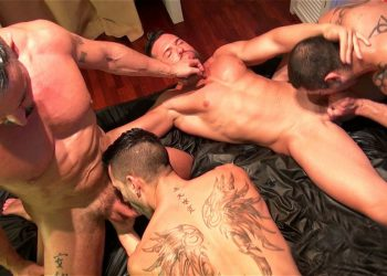 Andy Star gets gangbanged by Marc Ferrer, Gabriel Lunna and Julio Rey
