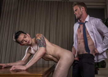 Dakota Payne gets fucked by muscle stud Shawn Reeve at Lucas Entertainment
