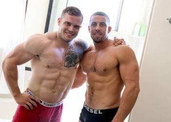 Muscle studs Buck Carter and Derek Jones fuck each other at GayHoopla