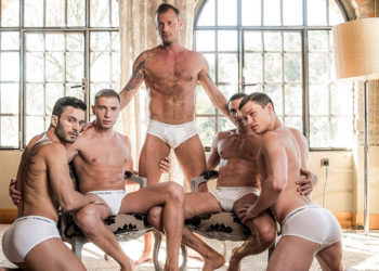 Ruslan Angelo, Bogdan Gromov, Logan Rogue, Javi Velaro & Andy Star in a bareback orgy