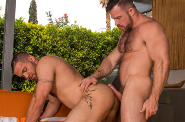 """Julian Knowles bottoms for Liam Knox in """"Beef"""" part four from Titan Men"""