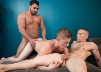"Derek Wulf, Chris Blades and Dante Martin fuck in ""Grooming Roommates"""