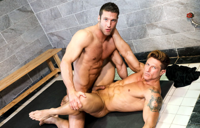 """Muscle jocks Bryce Evans and Rod Peterson fuck in the shower in """"Wet Lovers"""""""