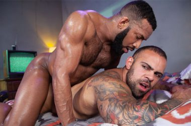 "Jay Landford fucks Lorenzo Flexx in ""Bounty Hunters"" part two from Raging Stallion"