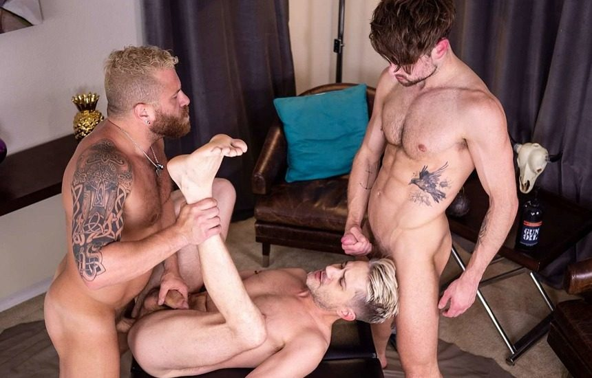 Sherman Maus, Riley Mitchel & Drew Dixon keep fucking in the 2nd part of their threeway