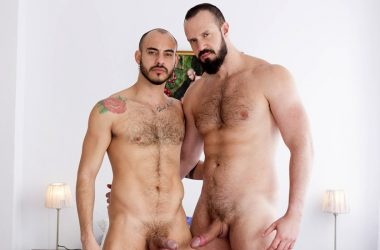 Hung Brazilian Andy Onassis fills Patrick Dei up with raw meat – Fuckermate
