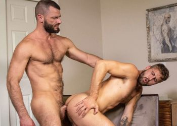 Jake Morgan and Wesley Woods fuck each other at Bareback That Hole