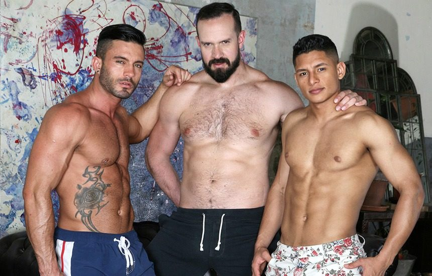 Santiago Rodriguez and Andy Onassis double-penetrate Andy Star