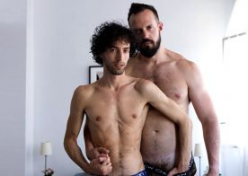 "Fuckermate: Andy Onassis stretches Anteo Chara's hole in ""Bare Show-Off"""
