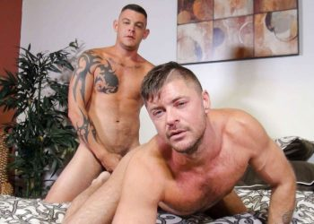 Bareback That Hole: Jace Chambers rims and fucks Jack Andy's ass hole