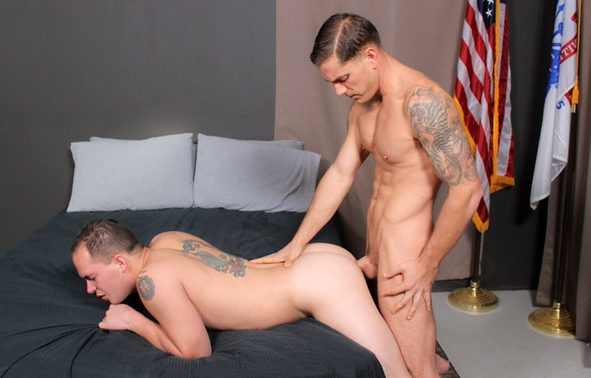 Active Duty: Mike O'Brian fucks the cum right out of Richard Buldger