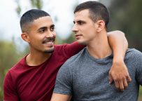 Sean Cody: Muscle hunk Lachlan fucks the cum out of Latin bottom Asher