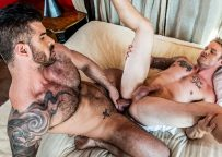 """Lucas Entertainment: Shawn Reeve takes Adam Killian's daddy cock in """"Extreme Assplay"""" (sc 2)"""