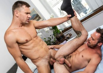 """Lucas Entertainment: Drake Rogers bottoms for Andrey Vic in """"Executive Authority"""" (scene 3)"""