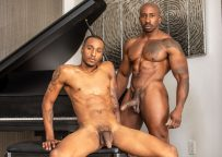"""Noir Male: Titus McMasters gets fucked by Max Konnor in """"Business Trip Bang"""""""