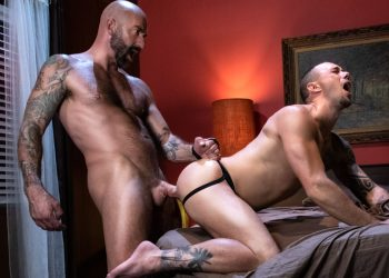 "Raging Stallion: Drew Sebastian fucks Kirk Cummings in ""No Tell Motel"" (scene 5)"
