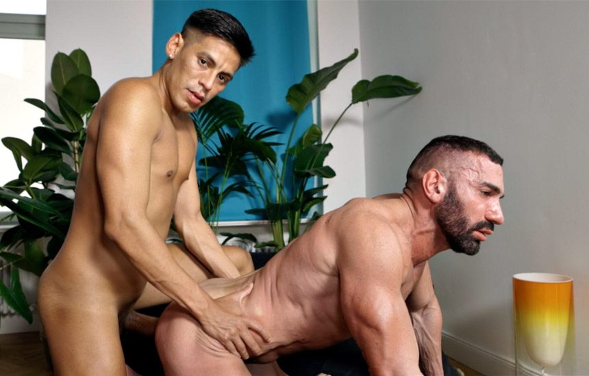 Bulgarian bodybuilder Kai Marcos debuts at TimTales and gets fucked by Diego Mattos