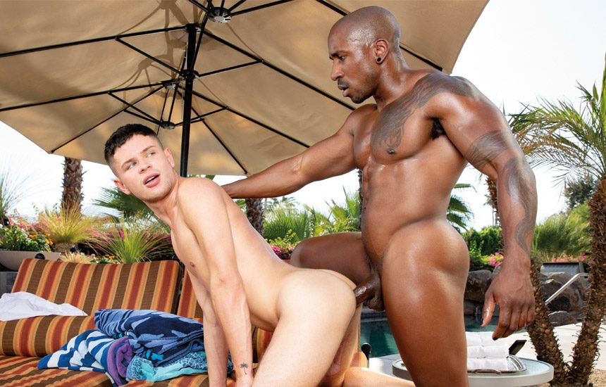 """Hot House: Dylan Hayes gets fucked by Max Konnor in """"Towel Boy"""" (scene 2)"""
