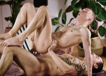 TimTales: Michl Amundson gets his perfect bubble butt fucked by Tian Tao