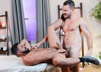 Pride Studios: Ashill Bay bottoms for Valentin Petrov and takes his huge dick
